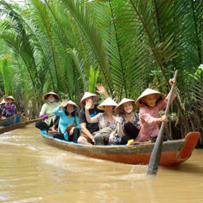 5 Days 4 Nights Ho Chi Minh / Cu Chi Tunnels / Mekong River